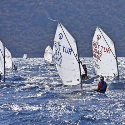 Optimist Türkiye Şampiyonası heyecanı Bodrum'da yaşanıyor